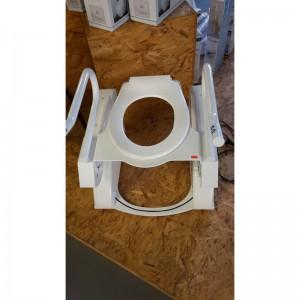 toiletzitting met sta-op-hullp1